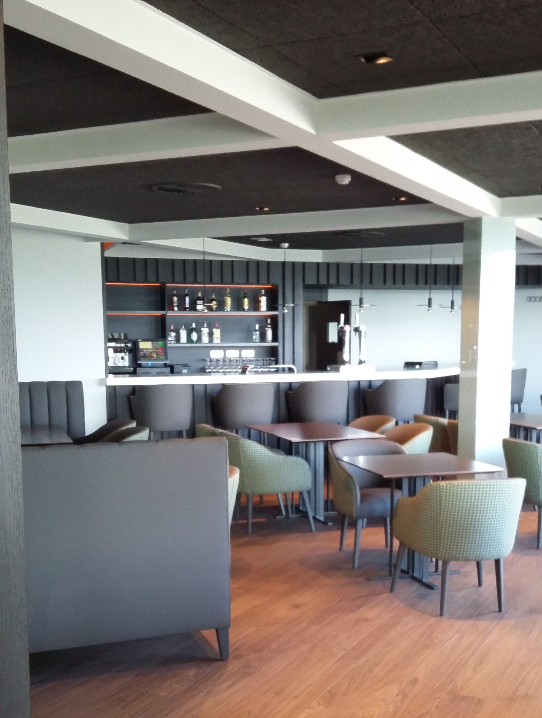 Reforma Cafetería Club de Campo Laukariz. Mungia 05